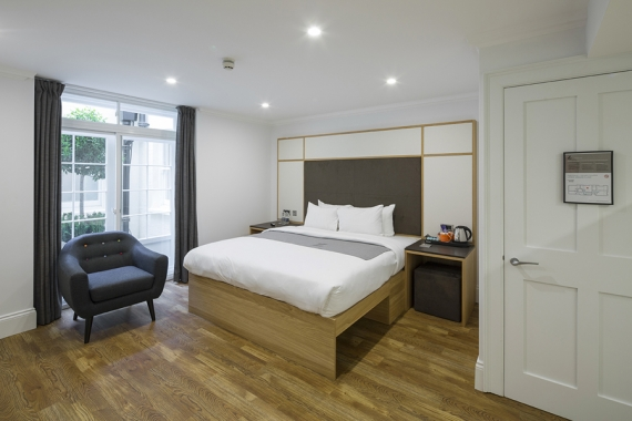 Grade II Listed Townhouses refurbished for continued hotel use in Marylebone