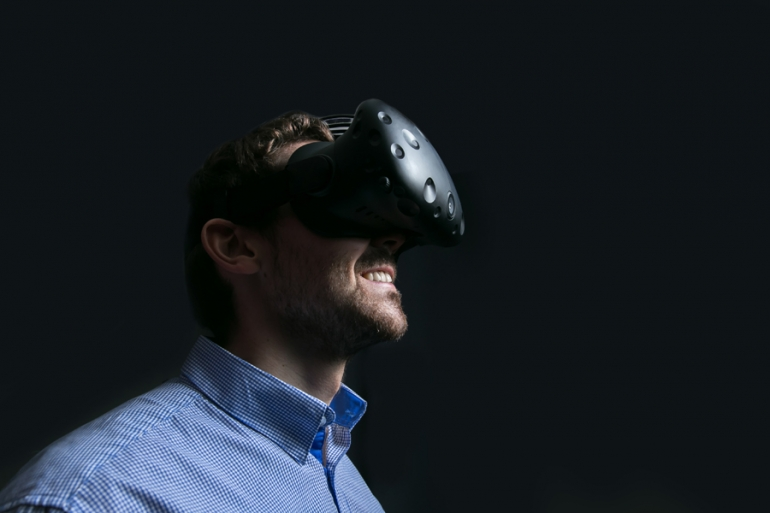 A discussion on how virtual reality will impact the workplaces of the future