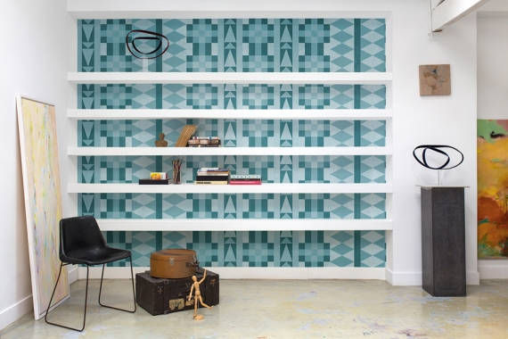 Coordonné shows you a number of different uses for wallpaper