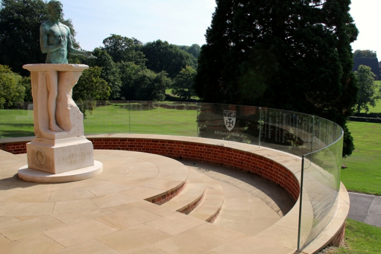 Frameless glass balustrade to Cranleigh School War Memorial