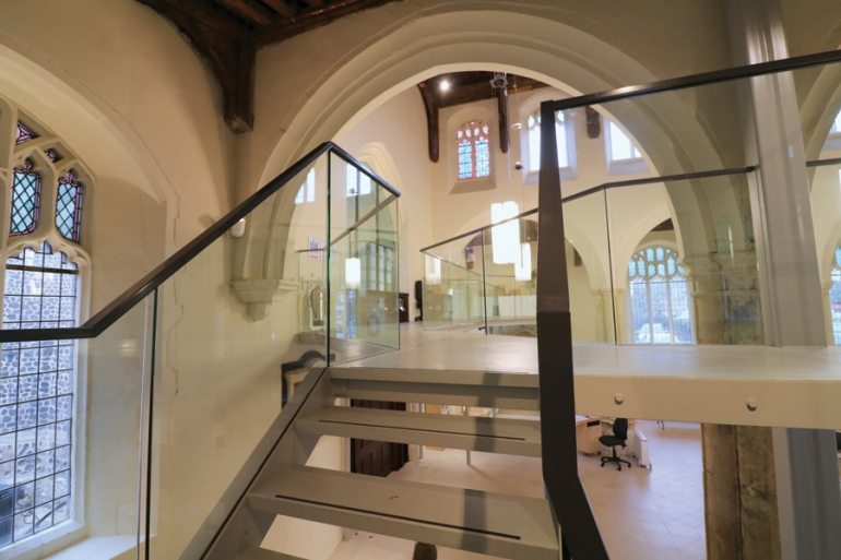 Glass: Contemporary solutions in heritage environments